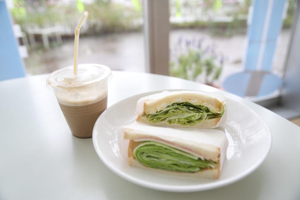 サンドイッチ コーヒー 画像